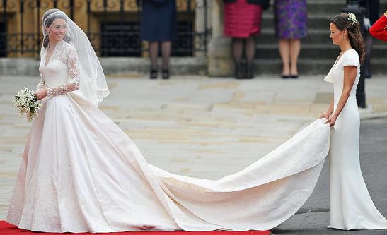 kate_middleton_wedding_dress_mcqeeen