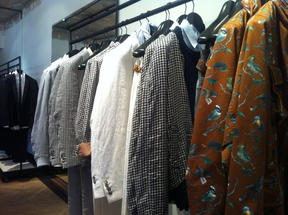 ami_menswear_paris_marais