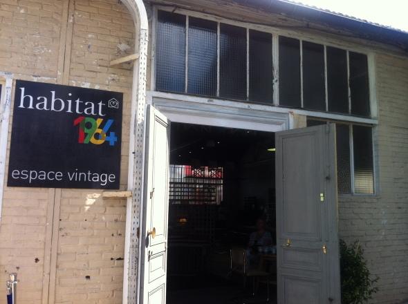 1_Habitat 1964_Vintage Village_Les Puces St Ouen_Paris