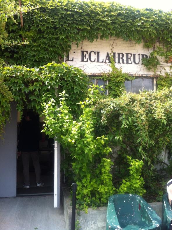 2_L'Eclaireur_Vintage Village_Les Puces St Ouen_Paris