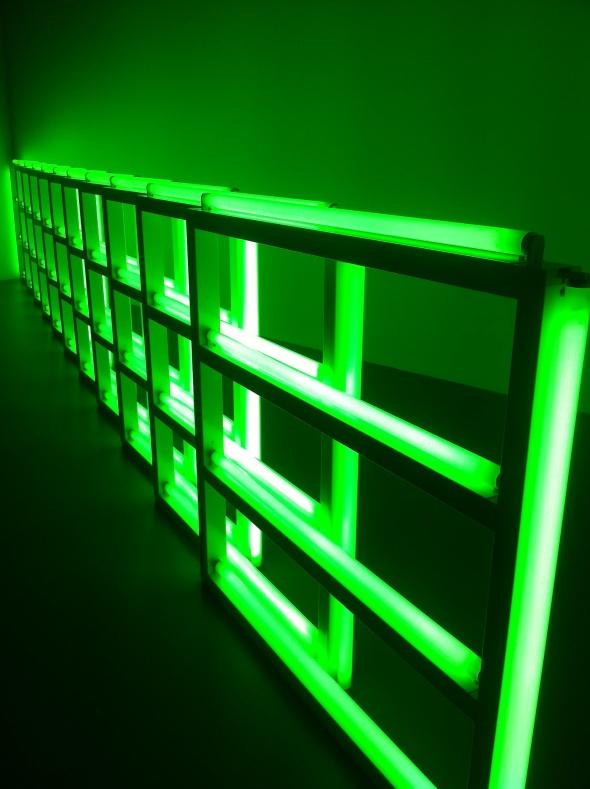 DYNAMO_grand palais_neon5
